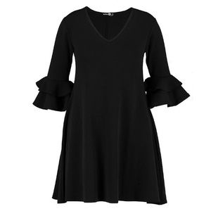 Boohoo Plus Crepe Ruffled Shift Dress